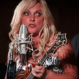 Rhonda Vincent at the Gettysburg Bluegrass Festival (August 2014) - photo by Frank Baker