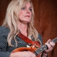 Rhonda Vincent at Gettysburg 2013 - photo by Frank Baker