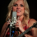 Rhonda Vincent at Gettysburg (August 2012) - photo by Frank Baker